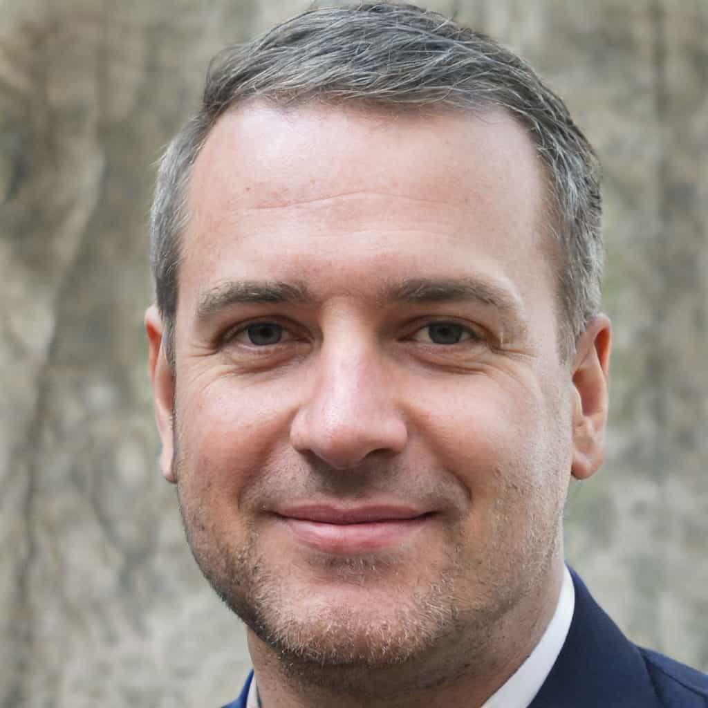 Daniel Moore Author Image